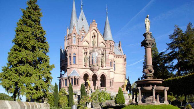 Schloss-Drachenburg_Venusterrasse_c-Schloss-Drachenburg