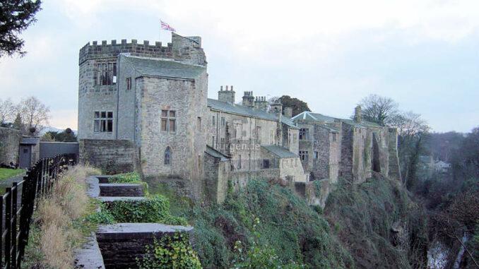 Skipton-Castle_Blick-aus-Nordosten