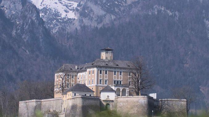 Schloss-Trautenfels_Panorama