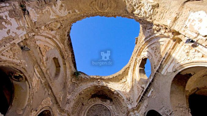 Castello-Aragonese_Himmelsbogen_c-CA