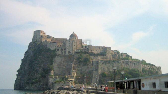 Castello-Aragonese_kv-5279