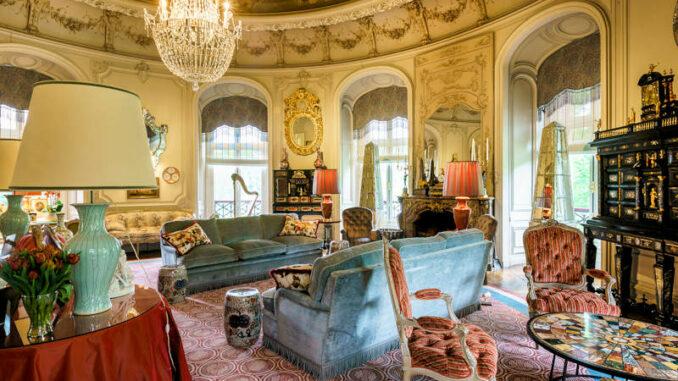 Chateau-Ooidonk_Salon-2_c-F-Raevens