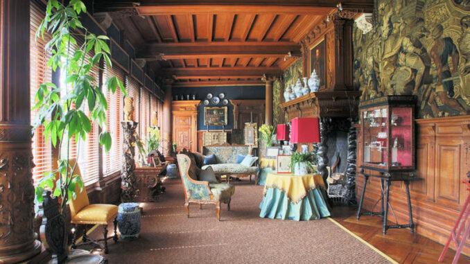 Chateau-Ooidonk_Salon_c-Henry-Roodenbeke