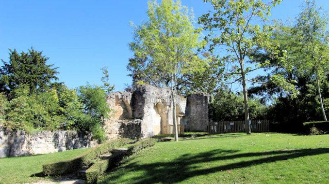 Chateau-de-Vendome_Blick-in-den-Park