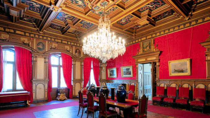 Castello-di-Miramare_Roter-Saal_c-fabrice-gallina