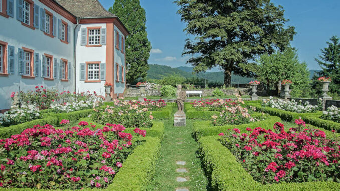 Schloss-Buergeln_Rosengarten
