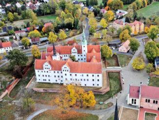 Schloss Doberlug aus der Luft © LKEE/Rösler