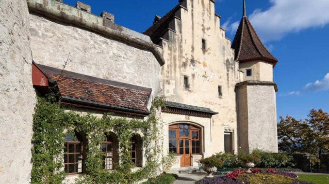 Schloss-Lenzburg_Rosengarten
