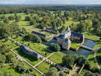 Schloss und Park aus der Luft - Schloss Twickel