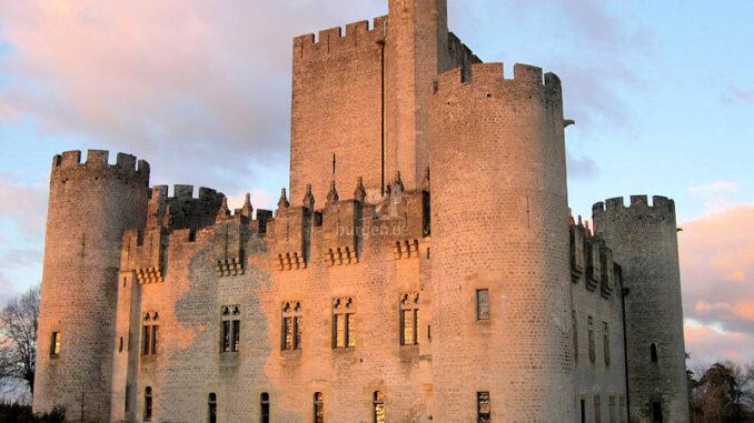 Chateau-de-Roquetaillade_Abendstimmung