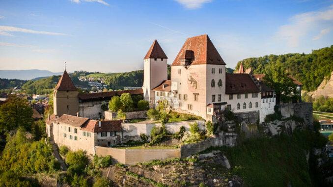 Schloss-Burgdorf_Panorama_c-Stadtmarketing-Burgdorf