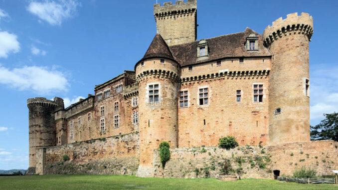 Chateau-de-Castelnau-Bretenoux_Schildwall-und-Palas_Pascal-Lemaitre-CMN