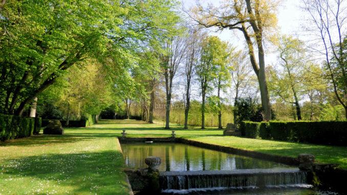 Chateau-de-Courances_Impressionen-im-Park-2_c-CPC