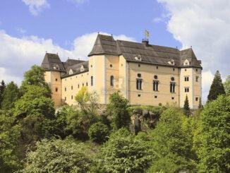 Schloss im Sonnenschein © Schloss Greinburg