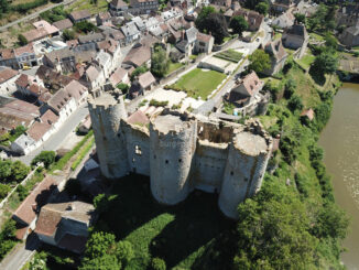 Burg aus der Luft © Château de Bourbon-l'Archambault